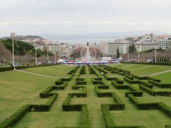 Looking down on Parque Eduardo VII and the beautiful Lisboa waterfront. Busy with all kinds of Christmas activity.