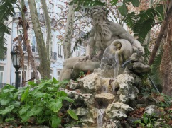 I love this fountain.......always makes me smile.