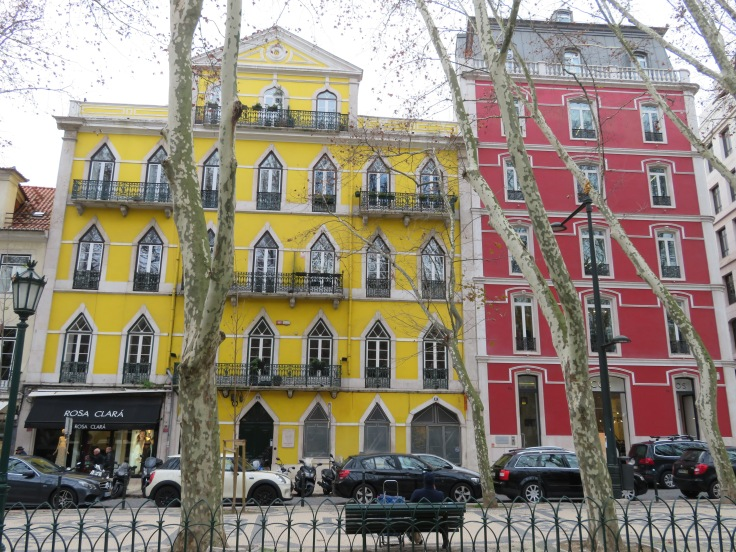 Lisboa is full of wonderful colour and amazing architecture