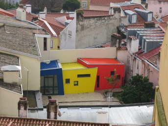 We spotted this wonderful addition to a building from the Castelo