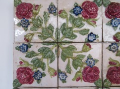 Detail of the last tile photo.