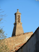 Always there is a chimney that captivates my attention.