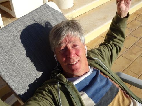 Randy du balcon Il est tellement le lézard de mon cœur.