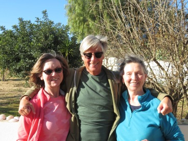 Diane, myself and Gwen.......back in Portugal together.