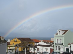 And look what showed up for us....a lovely rainbow