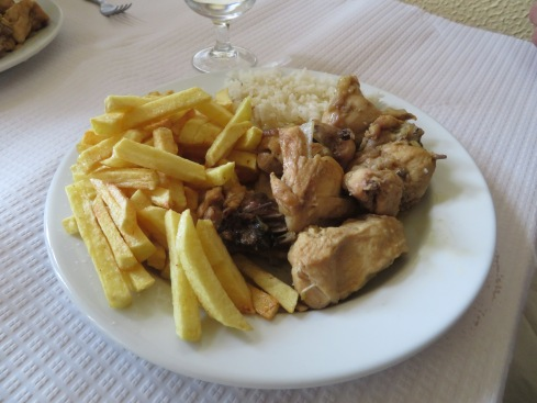 We drove into Moncarapacho for lunch. Both Gary and Marc enjoyed this Frango com cerveja, chicken cooked in beer.