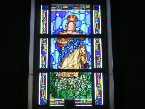 This window caught my eye in the tiny chapel on the main street. Quite lovely.
