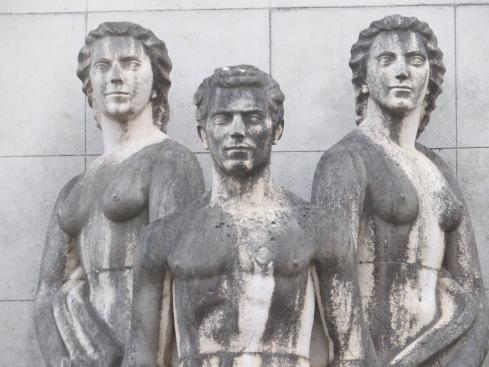 Statue details.