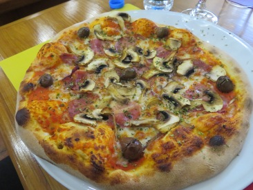Laurie enjoyed this olive, mushroom and salami pizza. We were not disappointed and had a wonderful time with our waitress.