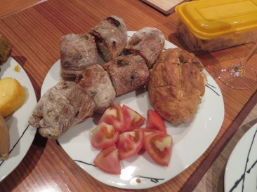 Hot chorizo filled bread and pork buns along with a tomato salad......you h ave to have something besides bread right?