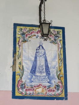 Tiled wall displays can be found almost everywhere. Not all of them are of a religious nature but many are.