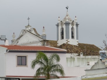 The church in Estoi.....off in the distance I noticed the palm tree against the wall.