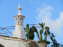 My first chimney of the trip.........Freshly painted and elegant against the blue sky.
