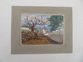 Two beautiful hand painted local scenes have been inserted in the wall of this house.