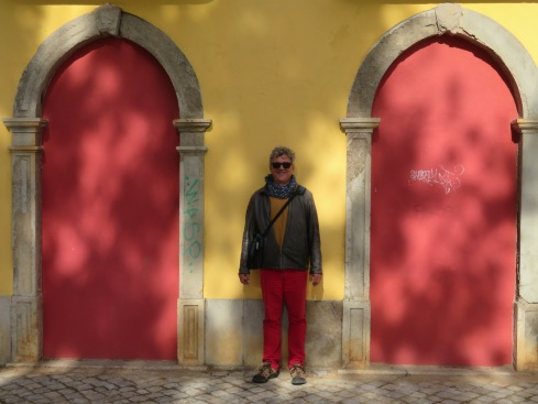OK, yes!!! Marc and the building are colour co-ordinated!!!!