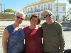 Bonnie, Ana and Ken.....a wonderful lunch together.
