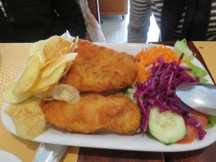Lise and Diane shared this lightly breaded fish platter.