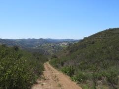 A few vistas of the trail.