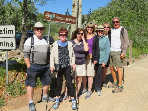 Gary, Joan, Dawn, Laurie, Patricia K, Patricia M and moi.....just all fresh as daisies before heading upward and onward.