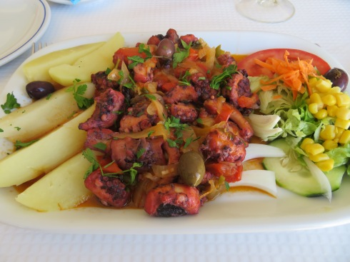 My polvo da casa......a tender and extremely flavourful octopus stew.