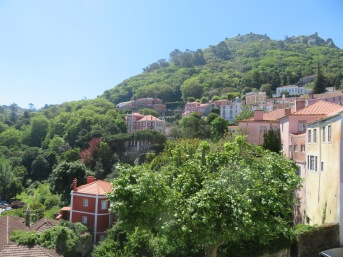 Now we are back down in the village of Sintra......we had been right to the top.