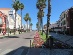 The main street towards the beach. Lined with high end stores that you might find in any shopping destination.