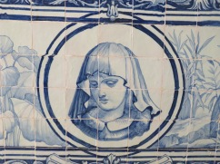 The old tile work draws me in, especially as at present I'm reading the history of Michelangelo and the art Renaissance in Florence
